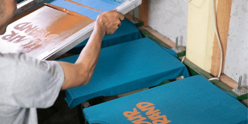 Illustration Qu'est-ce que la sérigraphie textile